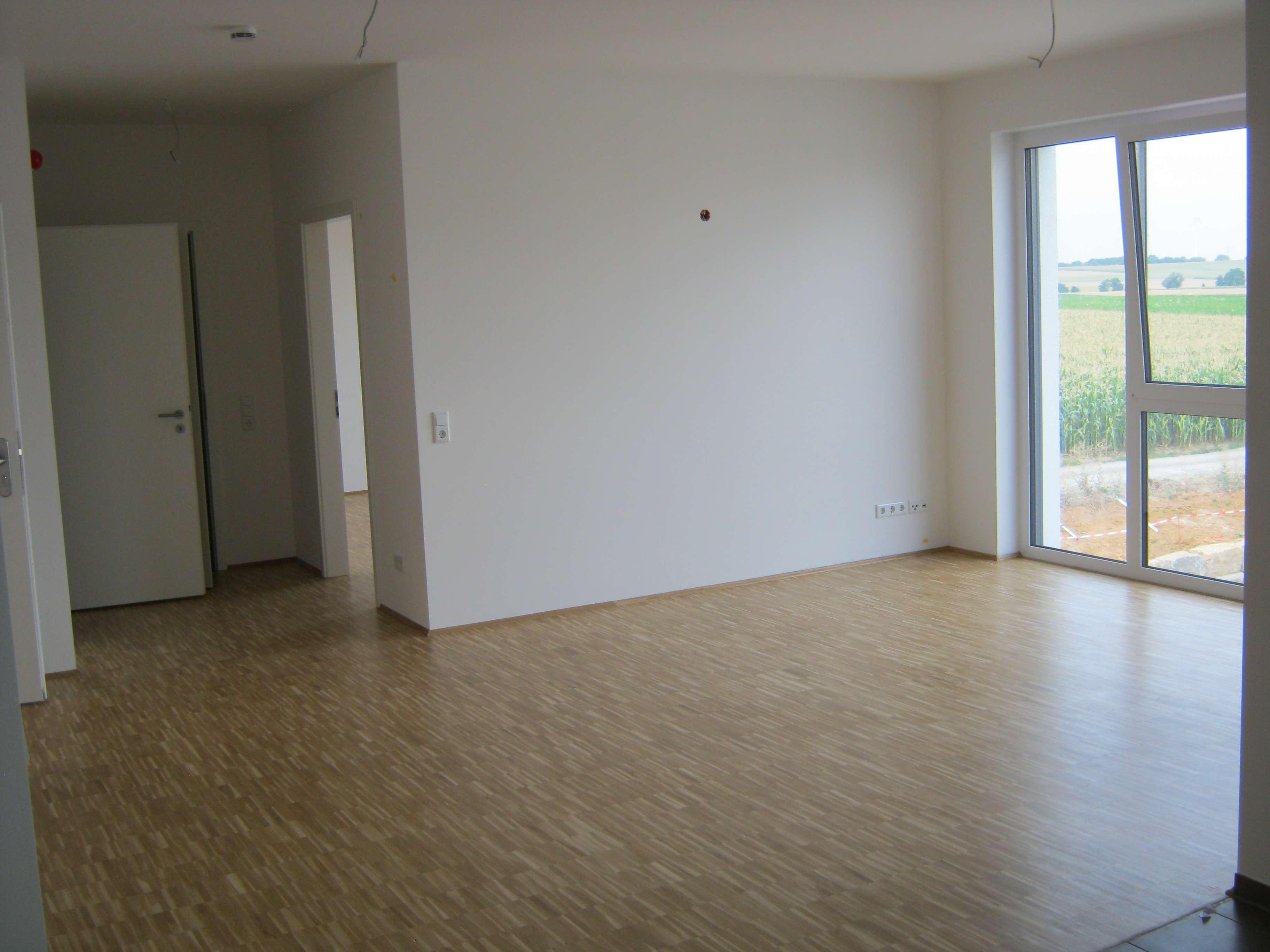 Erstbezug: freundliche 2-Zimmer Senioren Wohnung mit Balkon in Bergtheim in Bergtheim
