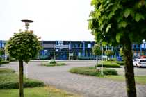 Grosszügige gepflegte Hallen mit Büroflächen