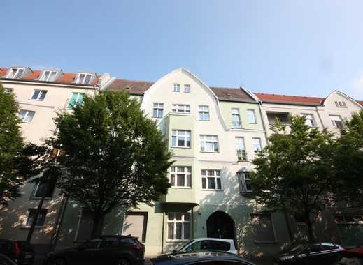 2-Zimmer-Wohnung nahe Wilhelminenhofstraße - Duschbad - Laminat