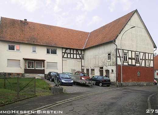 Landhaus mit Scheune, Stall und Werkstatt.