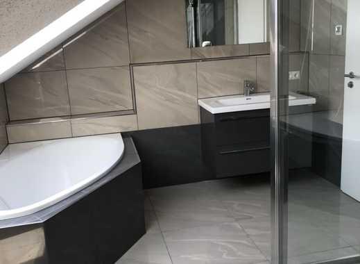 880 €, 109 m², 3 Zimmer