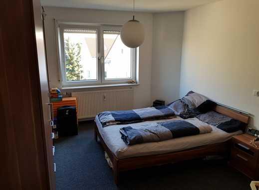 Gepflegte 2-Zimmer-Dachgeschosswohnung mit Balkon und EBK in Sandhausen