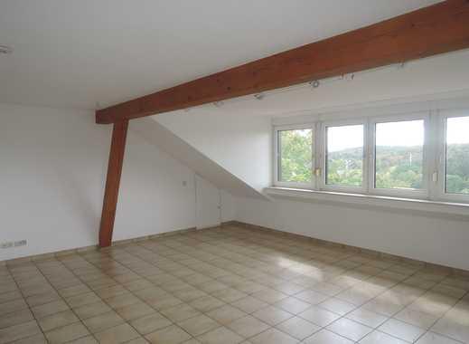 Dachgeschosswohnung mit Balkon und toller Aussicht!