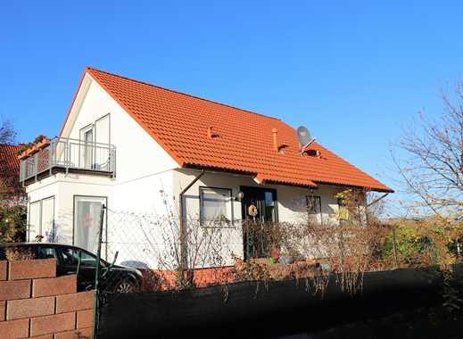 Traumhafte & unverbaubare Feldrandlage - großzügiges Einfamilienhaus mit Einliegerwohnung