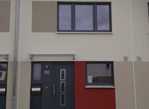 Exklusives Reihenmittelhaus in Krefeld Uerdingen zu vermieten