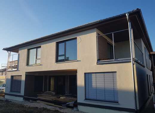 Erstbezug mit Balkon: attraktive 3-Zimmer-Wohnung in Wäschenbeuren