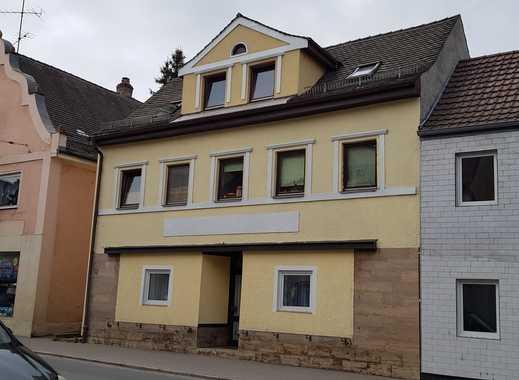 TOP ANLAGE:  6,2% Rendite, 4 Fam. Haus im Zentrum von Ergoldsbach