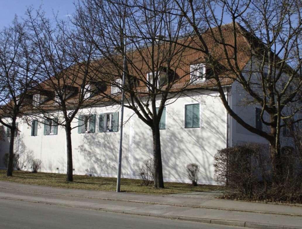 325 €, 24 m², 1 Zimmer