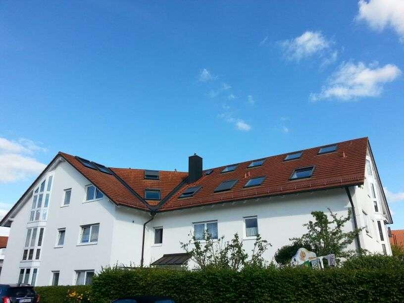Lichtdurchflutete ruhige 3 1/2  Zimmer Dachgeschosswohnung mit Galerie, 90 m²