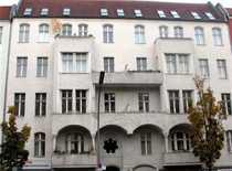 2-Zimmer-Altbauwohnung im Herzen Charlottenburgs