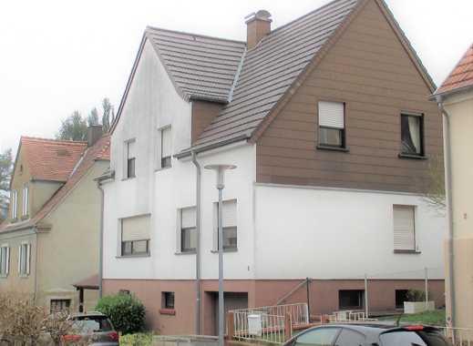 Schönes freistehendes Einfamilienhaus in Blieskastel 900 EUR VB