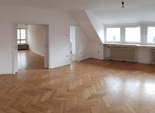Wunderschöne 164qm Maisonette-Wohnung – 6 Zi., großer Balkon & Parkettboden