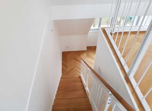 TOP Immobilie - ERSTBEZUG - Maisonettewohnung - modernisiert - saniert - hell - Aufzug - Terrasse