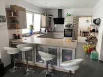 Modernisierte 5-Zimmer Wohnung - aufteilbar in