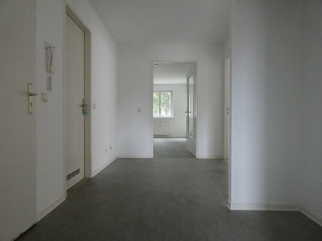 3 raumwohnung im erdgeschoss nur mit wbs. Black Bedroom Furniture Sets. Home Design Ideas
