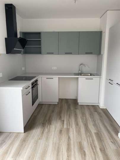 3,5-Zimmer Wohnung mit großer Dachterrasse inkl. Tiefgaragenstellplatz