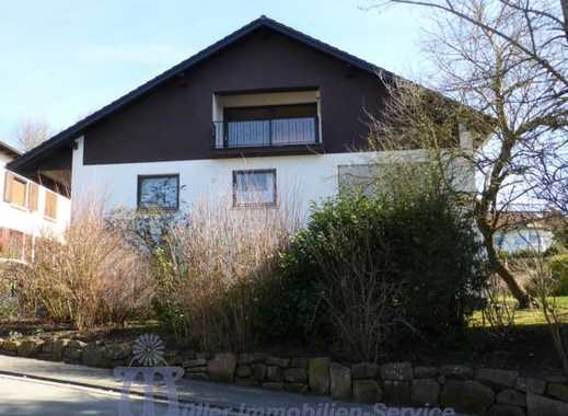 Homburg: Großzügiges Ein- bis Zweifamilienhaus in Höhenlage mit Fernblick