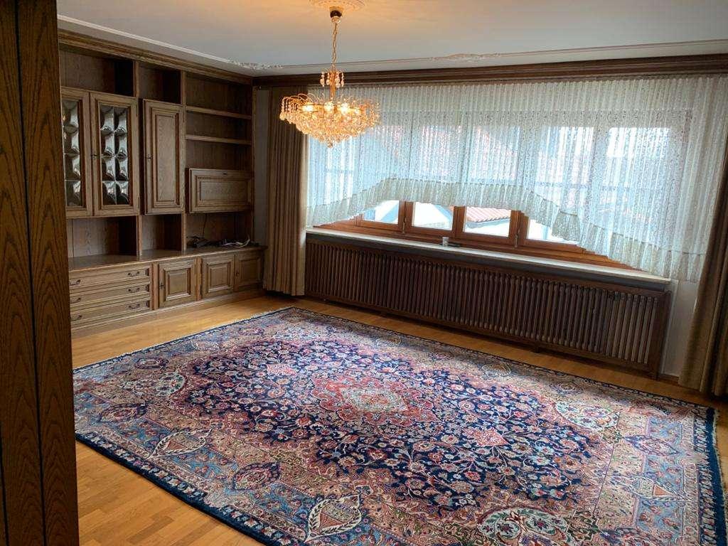 Wohnen im Münchner-Umland! Schöne 4-Zimmer-Wohnung in Ortskern-Lage Pliening in