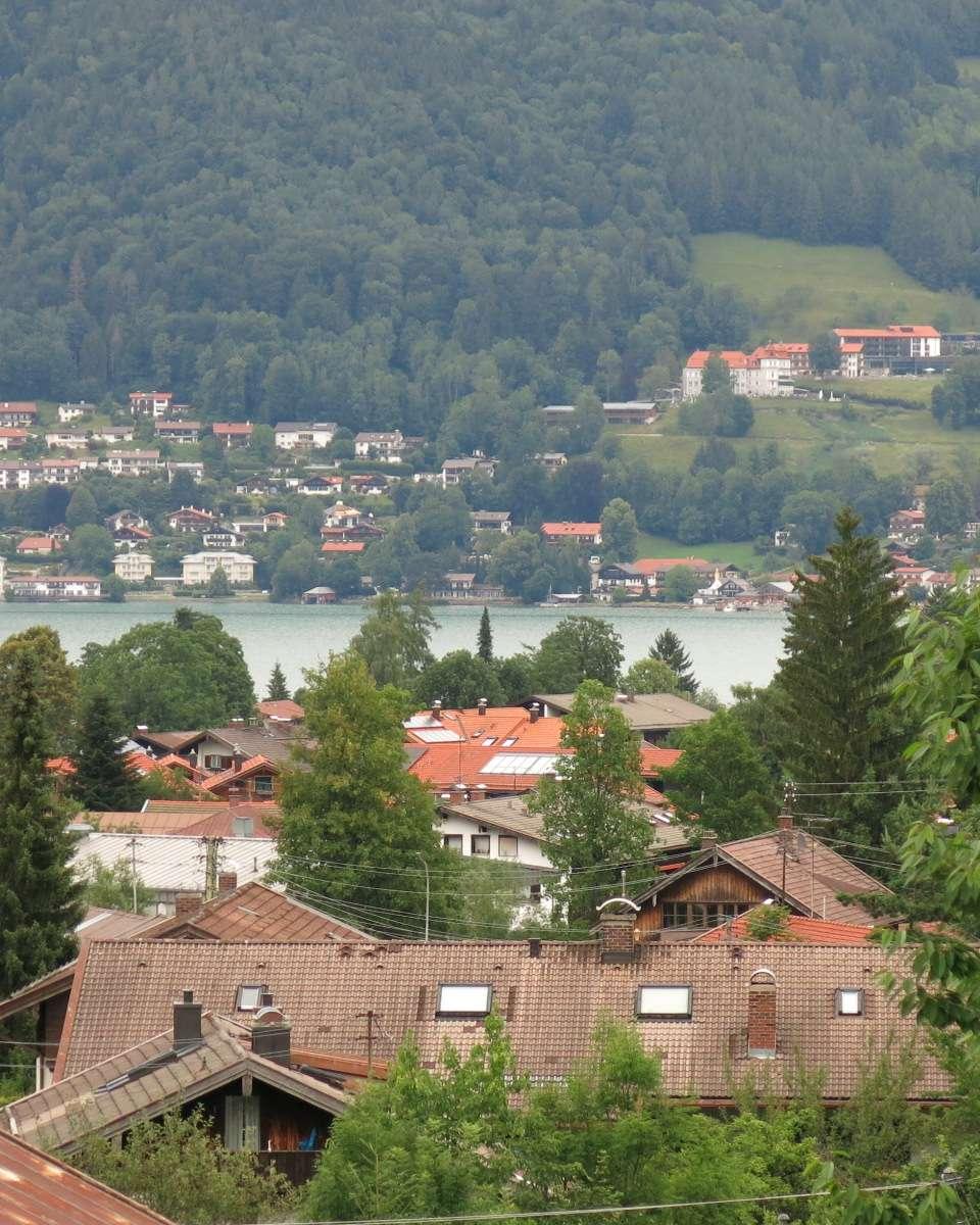 1- Zimmer Wohnung mit See und Bergblick am Tegernsee ( Bad Wiessee) in sehr ruhige Lage