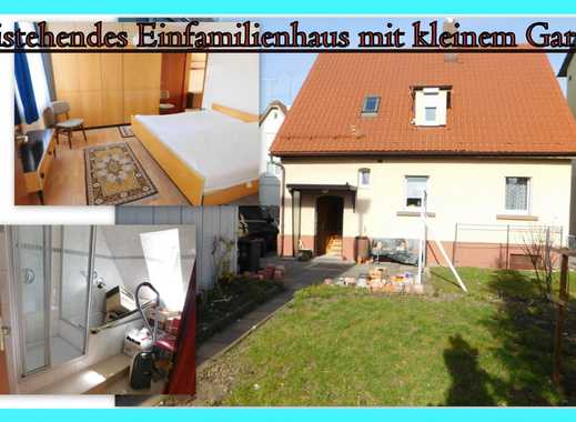**Hübsches freistehendes Einfamilienhaus mit kleinem Garten sucht Familie**