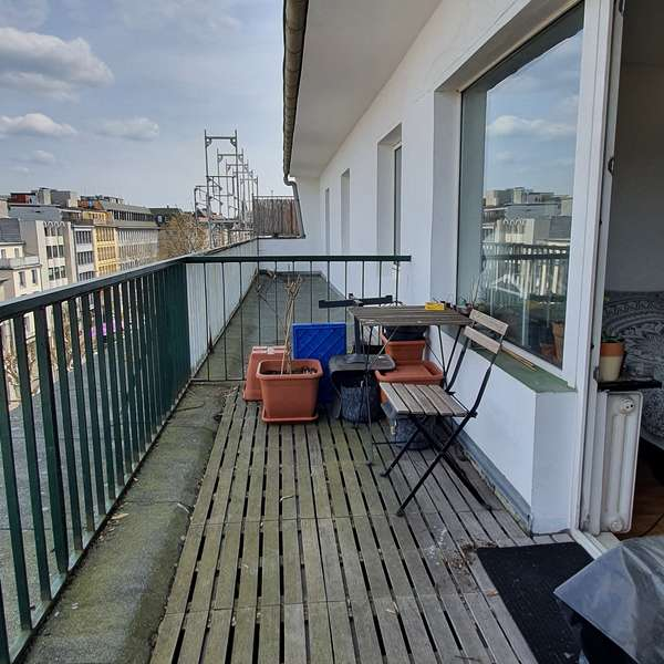 *** schönes 1-Zimmer-Appartement mit Balkon u. Blick auf den Dom ***
