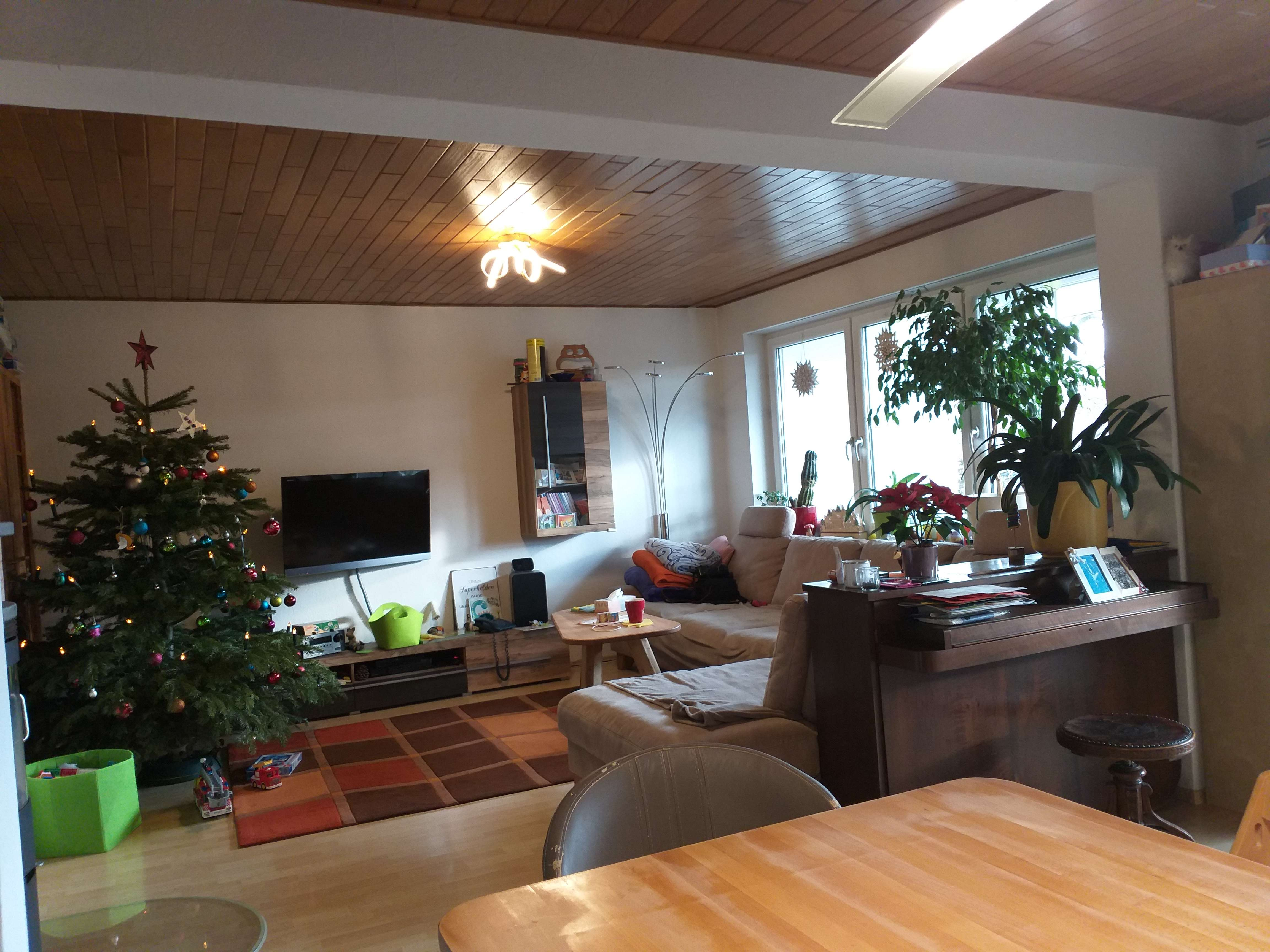 Schöne, helle 4-Zimmer-Wohnung mit Balkon in Ingolstadt-Süd in Süd (Ingolstadt)