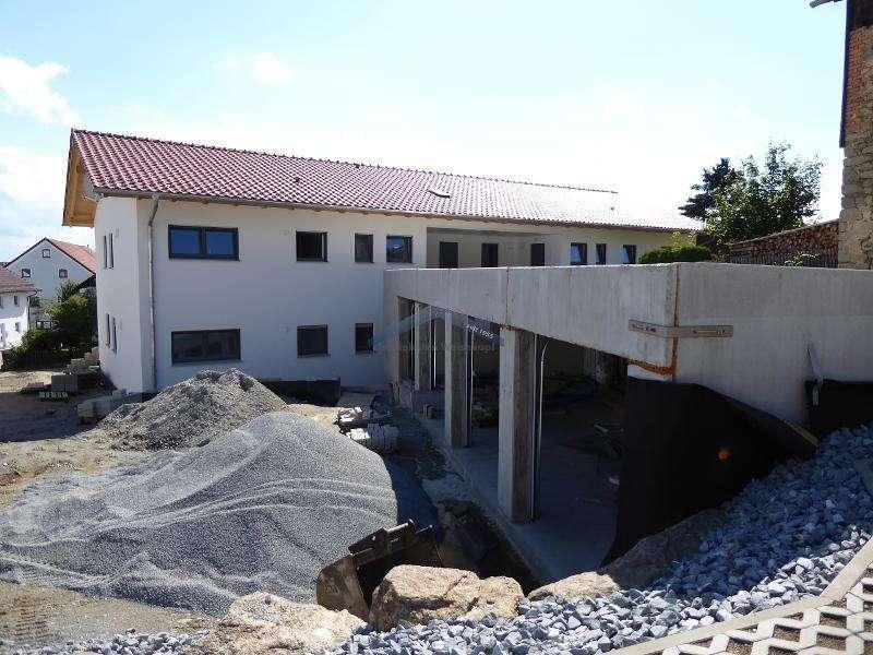 Hochwertiger Neubau 3-Zimmer Whg. mit Balkon in zentraler Lage in