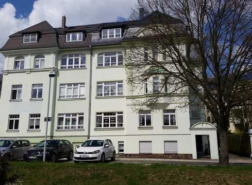 Kleine, möblierte 2-Raum-Wohnung sucht WG-Interessenten!