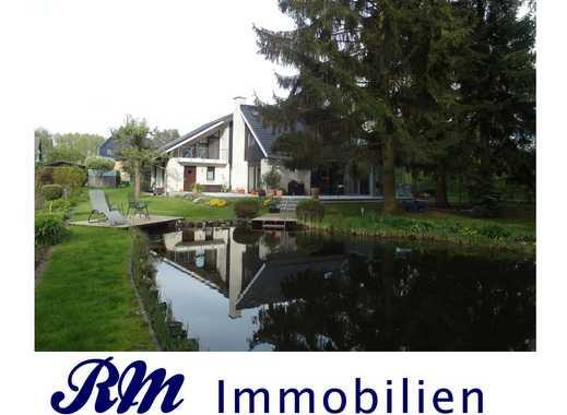 --- Außergewöhnliches Einfamilienhaus auf Traumgrundstück ---