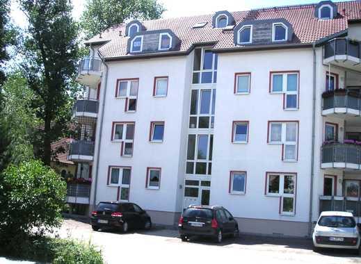 Viel Grün an der Elsteraue- komfortable 2 Zimmer mit Balkon erwarten neue Mieter!