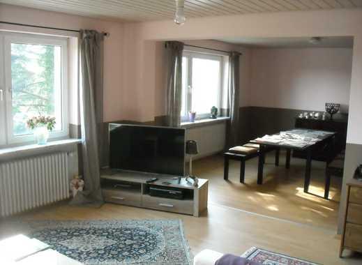 *** Wunderschöne 4 Zi-Wohnung mit Balkon ***