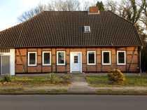Helles familienfr Fachwerkhaus mit Scheune