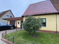 Massives Haus in Toplage - Doppelgarage -