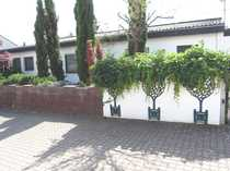 Ein -Zweifamilienhaus Bungalowstil Weisenheim Sand