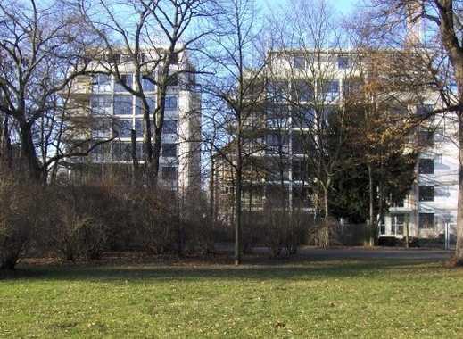 Große 4-Zimmer-Wohnung mit Terrasse und Garten in Nürnberg