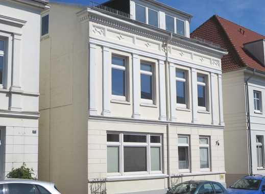 Zentrale 4-Zimmer-Stadtwohnung mit Carport in Eutin