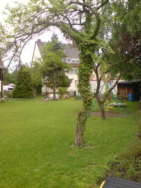 Röthenbach! Nur für Gartenliebhaber. 2-Zi.-DG-Whg. ca. 52 qm, 2.OG ohne Aufzug in Röthenbach Ost (Nürnberg)