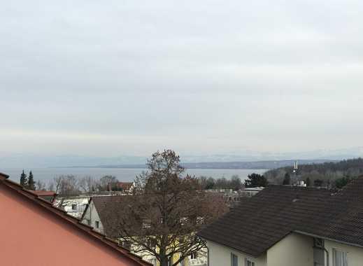 Stilvolle, neuwertige 3,5-Zimmer-Penthouse-Wohnung mit Balkon und Einbauküche in Konstanz