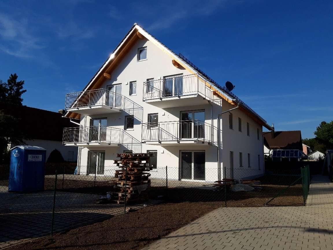 Neubau - Moderne helle 3-Zimmer-Wohnung mit großem Balkon in Trudering (München)