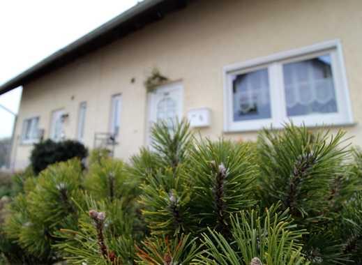 Großzügige Doppelhaushälfte mit vielen Rafinessen, Garten, Garage!