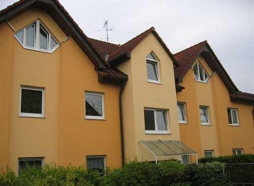 Schöne 2 Zimmer Wohnung mit Blick ins Grüne, gute Verkehrsanbindung öffentlich & Auto