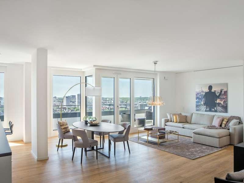 Perfekt geschnittene 3-Zimmer-Wohnung mit Weitblick Richtung Süden in der 13. Etage