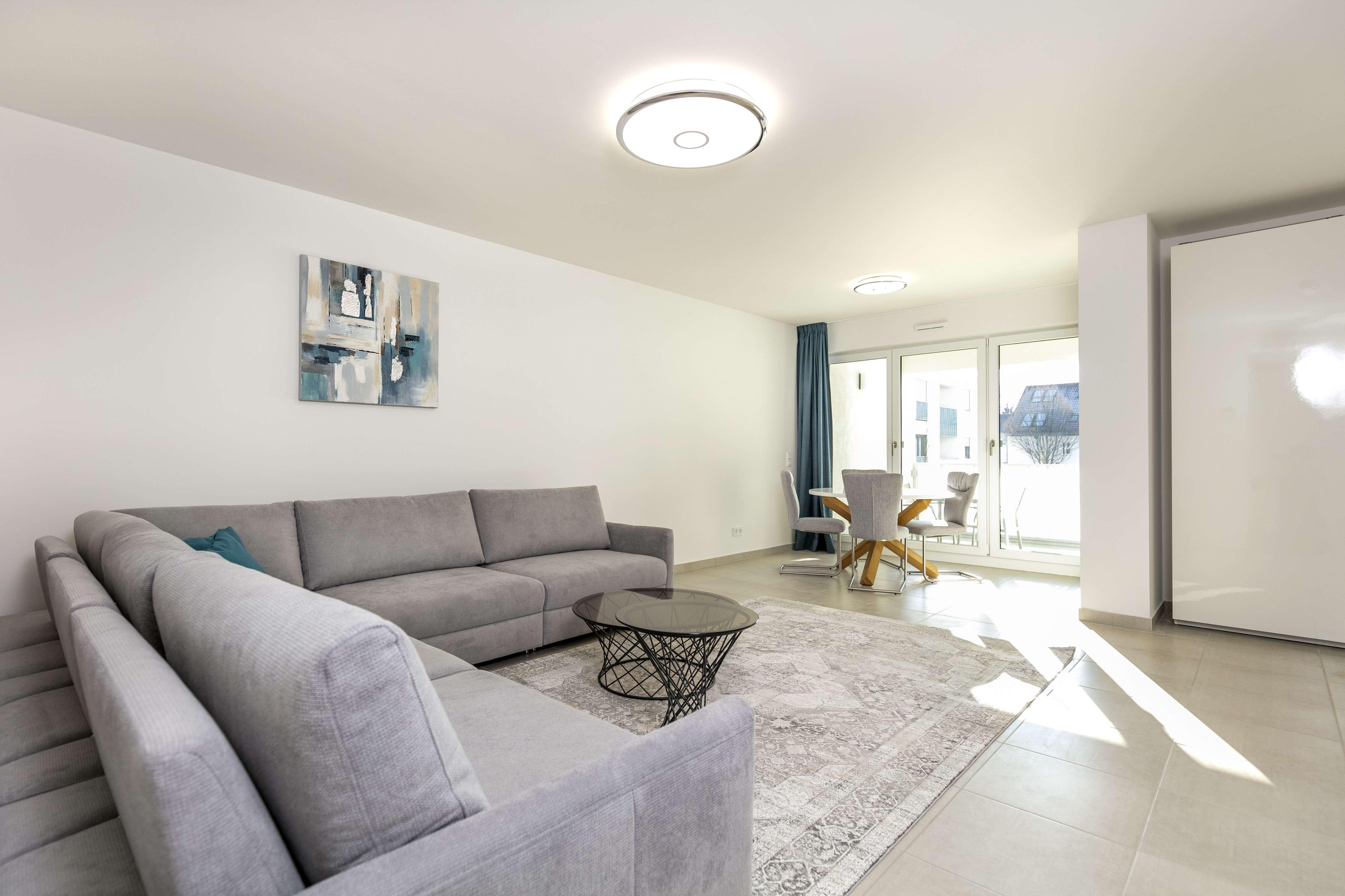 (NEUBAU+ERSTBEZUG) Möblierte 3 Zimmer Wohnung inkl. Klimaanlage in Top Lage Bogenhausen in Bogenhausen (München)
