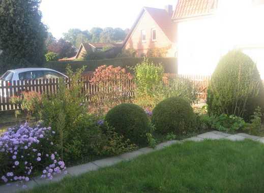 Ruhiges 1. Obergeschoss mit lauschigem Gartenanteil.....