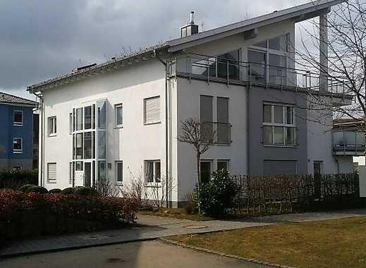 3 Zimmer Wohnung in Bestlage im Schlosspark