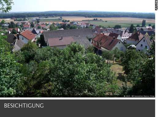 Ruhig gelegenes Einfamilienhaus mit Terrasse, Balkon und herrlicher Aussicht in Elchingen.