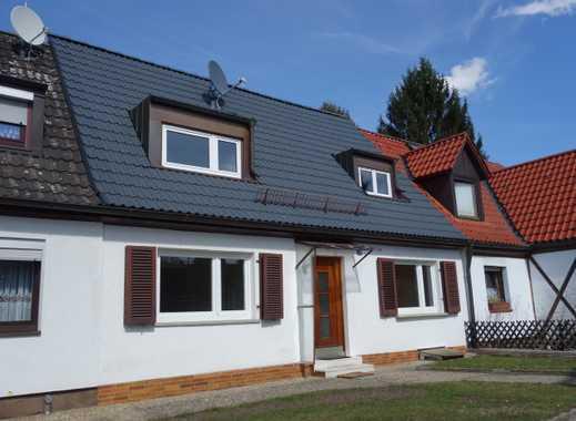 N-Nord! Renoviertes RMH! 3 Zimmer und Wohnküche - 85 m2 + Terrasse - 515 m2 Grundstück - Garage