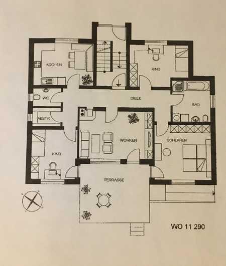 Gepflegte Erdgeschosswohnung mit vier Zimmern sowie Balkon und Einbauküche in Regenstauf in Regenstauf