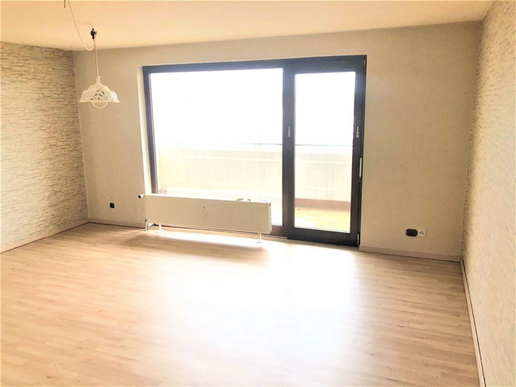 Wohnzimmer zur Loggia