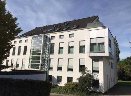 Großzügige, ruhige 4-Zimmerwohnung mit Blick auf die Rheinauen